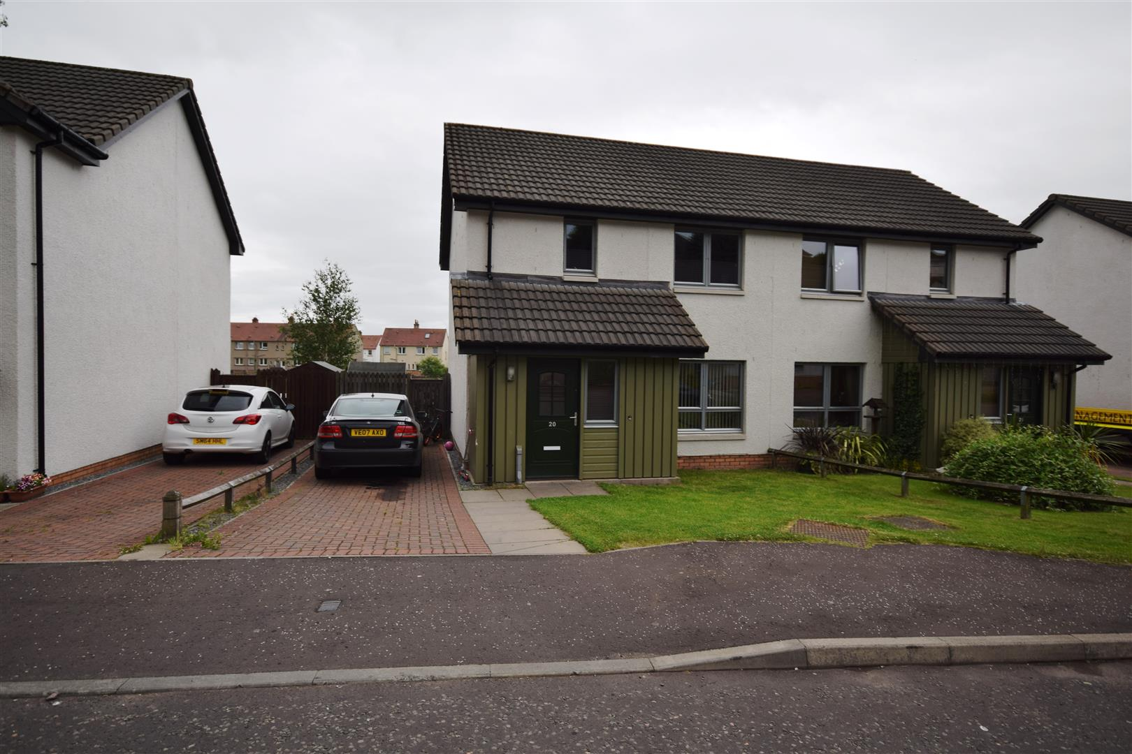 20, Beattie Gardens, Crieff, Perthshire, PH7 3FD, UK
